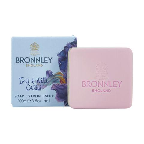 Bronnley Iris & Wild Cassis Луксозен сапун с ирис и див касис x100 грама