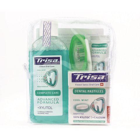 Trisa Fresh Kit to Go Промо комплект за пътуване Вода, Четка и Паста за зъби, Дентални пастили и подарък Несесер